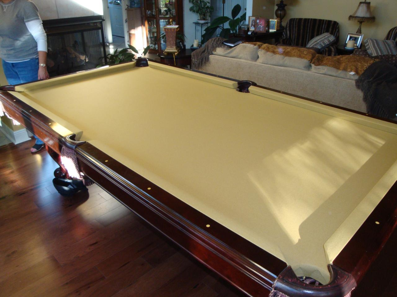 WEM Distributors Before After Of - How to put felt on a pool table